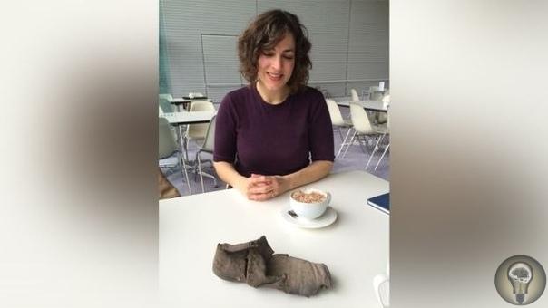 Всего сто лет назад британцы прятали в стенах своих домов обувь, чтобы уберечься от зла На британских островах в тысячах домов скрыты в стенах и в разных тайниках ботинки и туфли. Старая