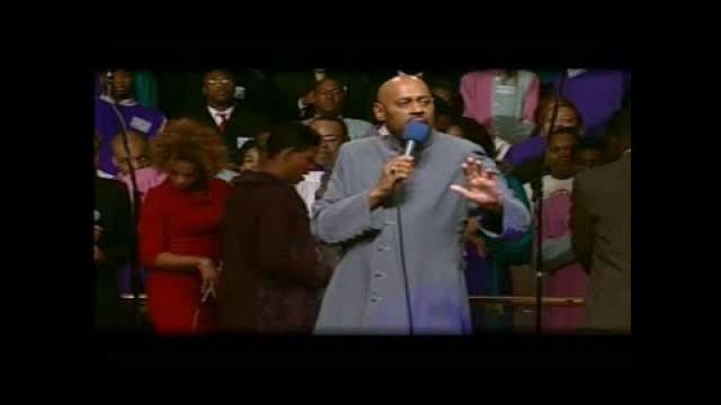 ESSA É ÚNICA! QUASE 17 MILHÕES DE VIEWS SÓ EM UMA POSTAGEM! Let It Rain - Bishop Paul S. Morton The FGBCF Mass Choir